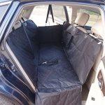Housse de siège de voiture pour chien Pet Protection de hamac lavable à l'eau pour les voitures SUV et camion, étanche et non glissière Backing et ceinture de sécurité, noir (140x150x45cm) de la marque Anfayejia image 1 produit